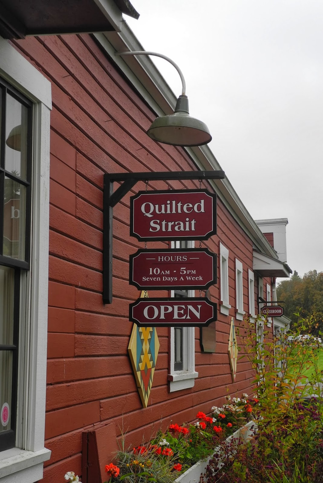 Sherrie loves color!: An amble through Port Gamble : quilted strait port gamble - Adamdwight.com