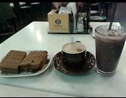 MINUM-MINUM DI OLD TOWN WHITE COFFE