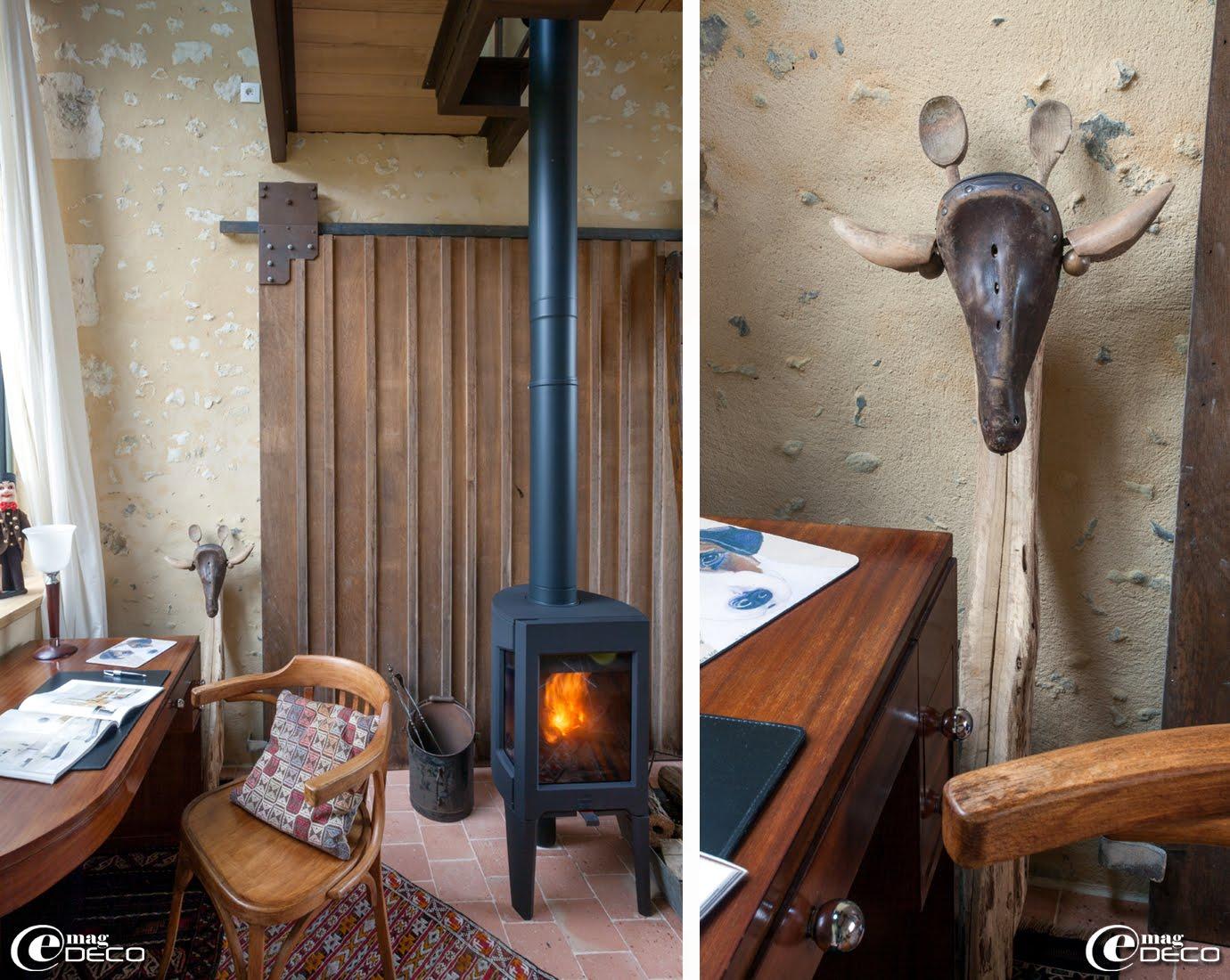 Poêle à bois 'Jotul' dans le jardin d'hiver de la maison d'hôtes 'La Maison d'Hector'