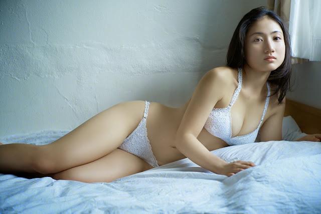 Saaya IRIE diễn viên xinh đẹp phim JAV hạng nặng 14