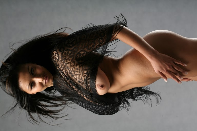 perfect indian babe nude