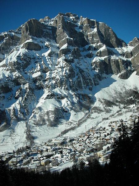 Panoramica invernale di Leukerbad