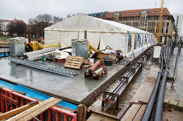 Baustelle Museumsinsel, Friedrichsbrücke, Brückensanierung, Bodestraße, 10178 Berlin, 10.12.2013