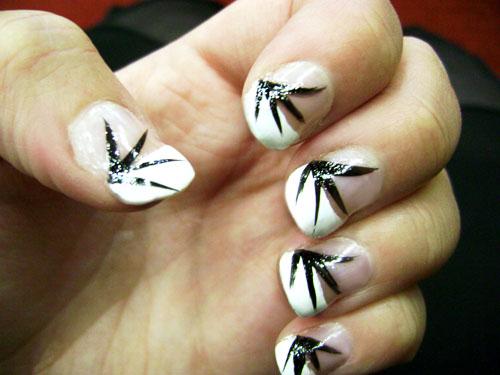 nail art manucure française faux ongles vernis lignes noires