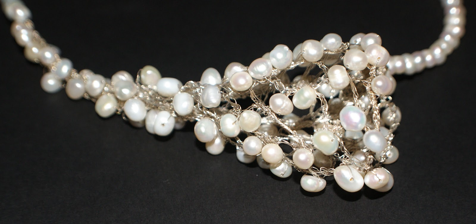 Handmade bridal and wedding jewelry by vintage touch flower around