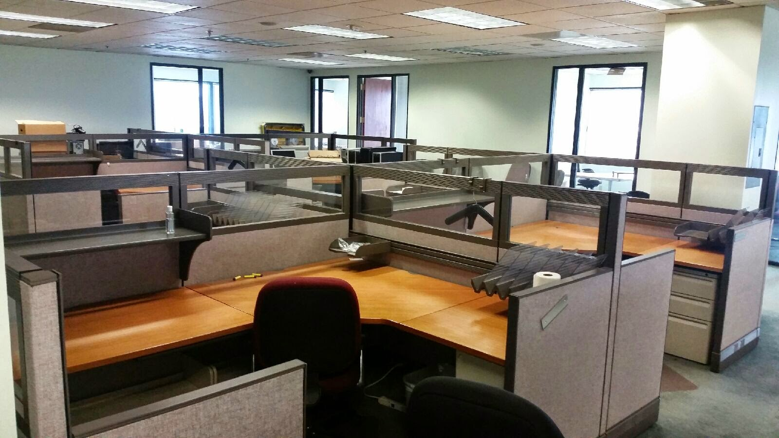 we buy sell and install used cubicles call now 949 630
