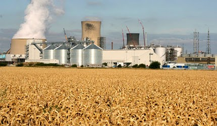 http://www.agrimoney.com/news/uk-lifts-hopes-for-grain-use-by-ethanol-plants--7916.html