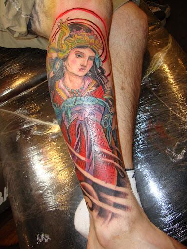 Tattoo Gueixa Na Perna