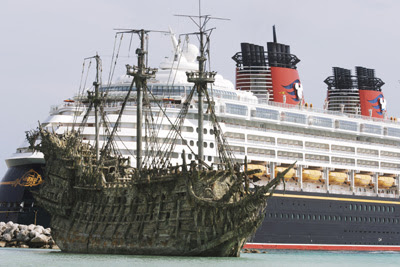 5 Most Famous Ghost Ships Stories  You Must Know About This