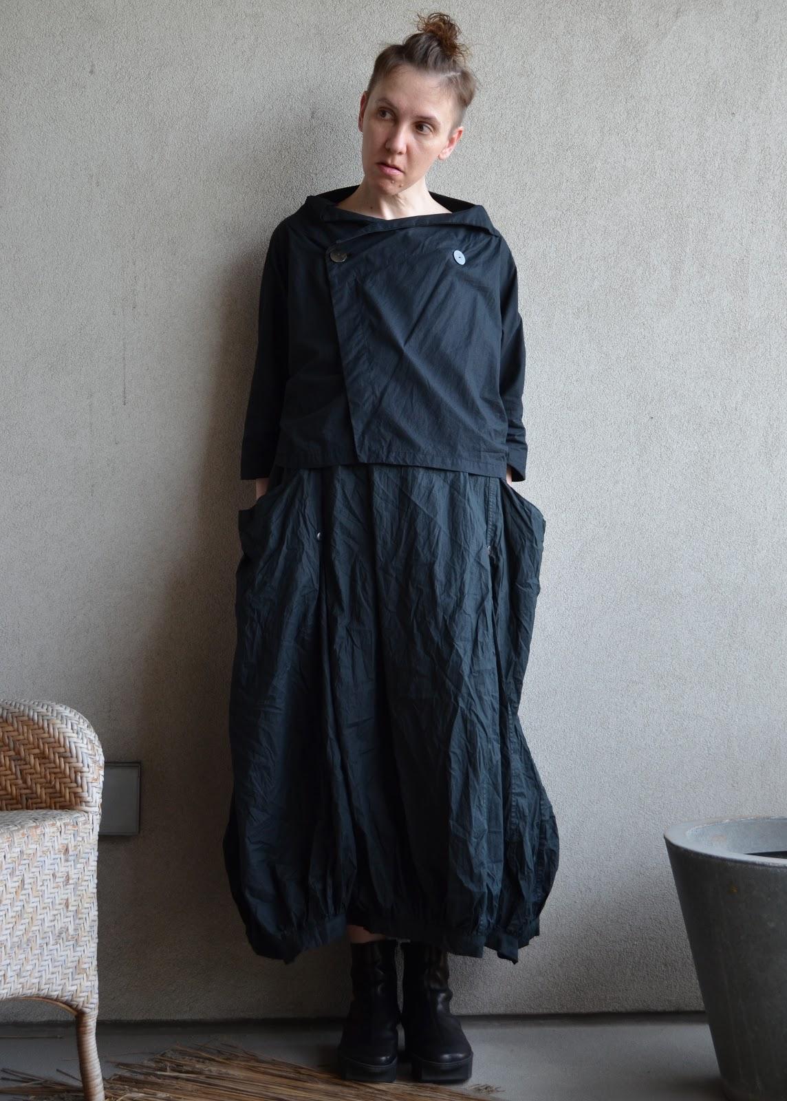 Wardrobe Tales: the uncomfortable comfortable dress