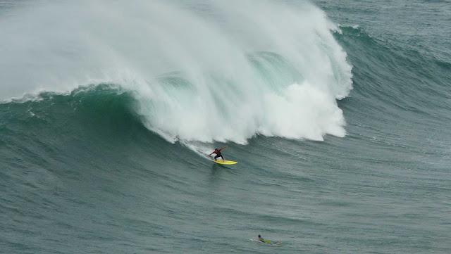 sesion otono menakoz septiembre 2015 surf olas grandes 25
