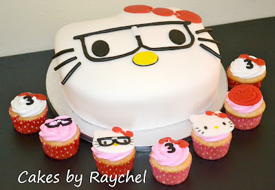 ... hora de servirla qué te parecen estos modelos de tortas con cupcakes