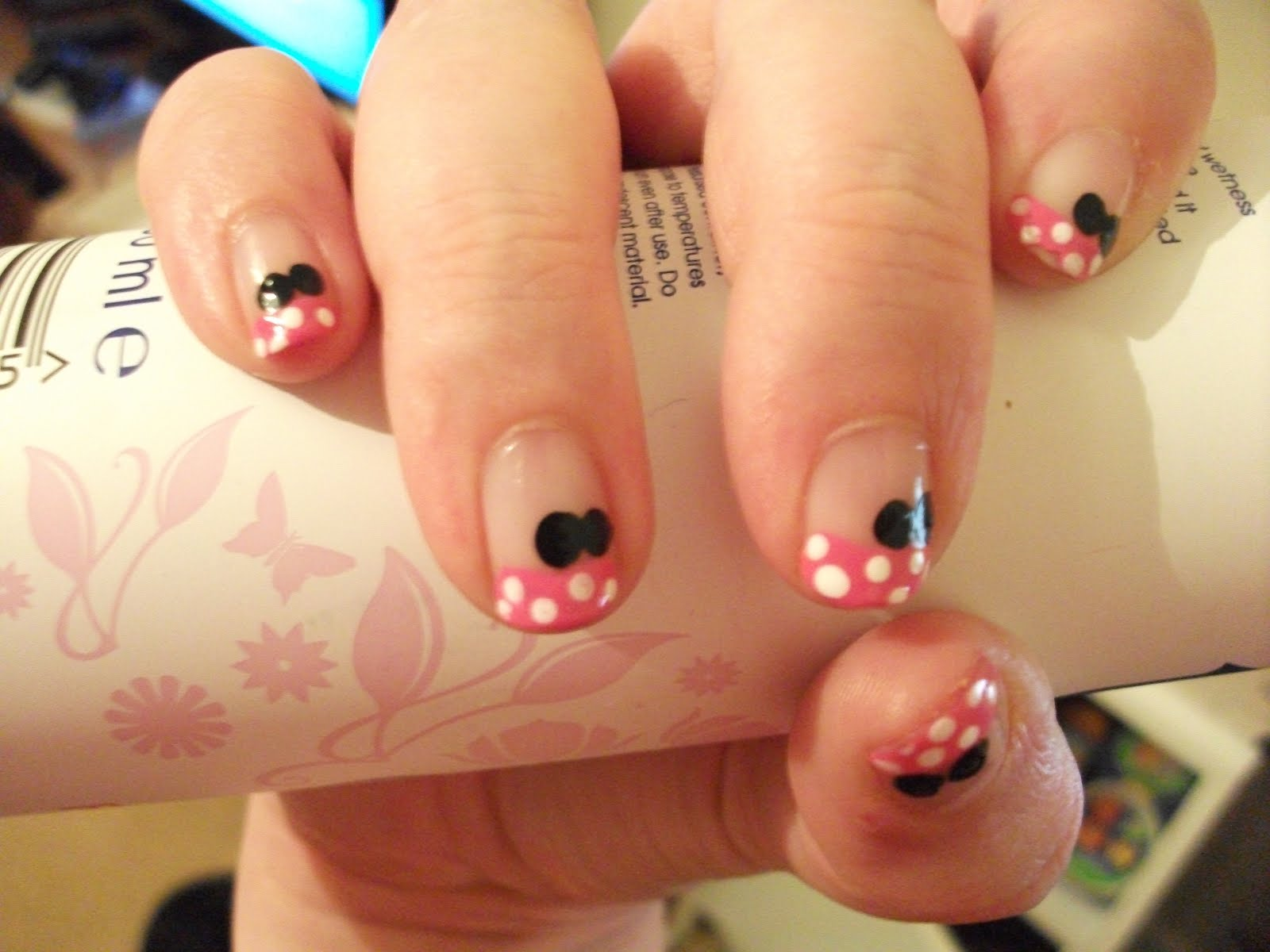 Minnie Mouse Nails Nail Art Designs