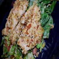 Weight Loss Recipes : Spinach Salad Topped With Almond-Encrusted Chicken Breast