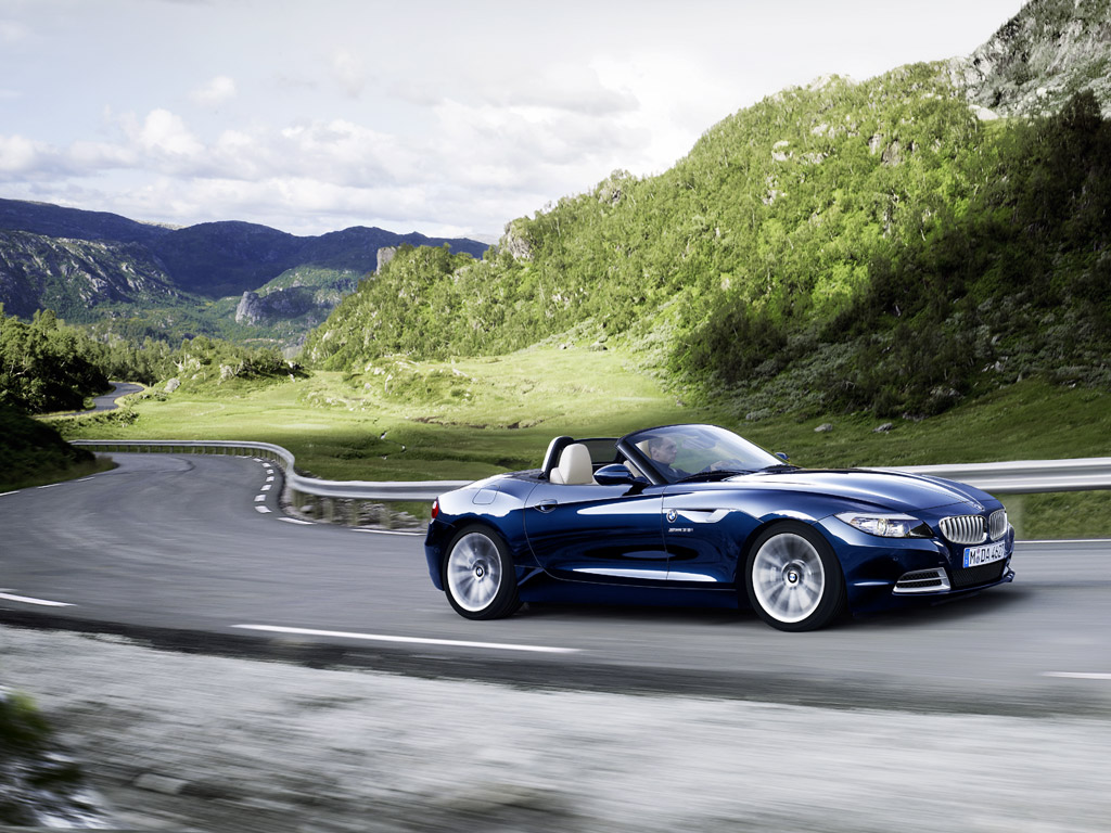 The New Bmw Z4 Roaster Wallpapers Bmw Automobiles