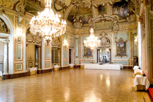 Maravillas ocultas de espa a madrid para madrile os y for Academias de bailes de salon en madrid