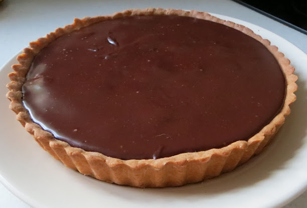 completed chocolate raspberry tart