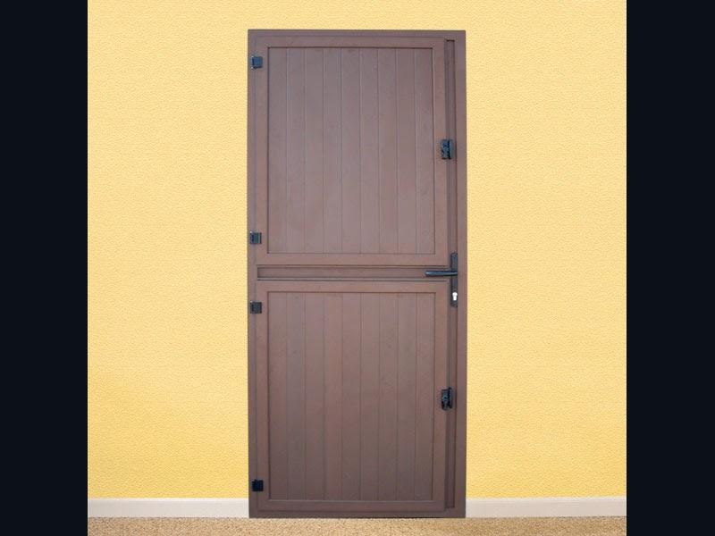 Puertas principales para edificios y casas k line for Fabrica de puertas de aluminio