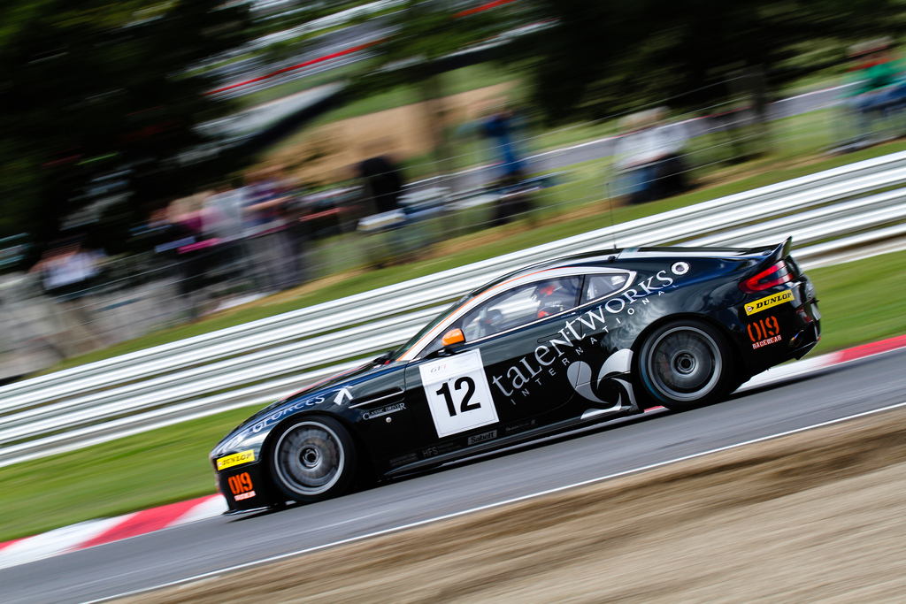 for sale nmr aston martin v8 vantage gt4 the advantage. Black Bedroom Furniture Sets. Home Design Ideas