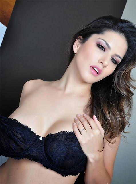 Sunny Leone New Hot Pics In Bikini