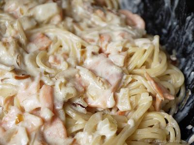 Spaghettis au saumon fumé et à la crème fraîche (voir la recette)