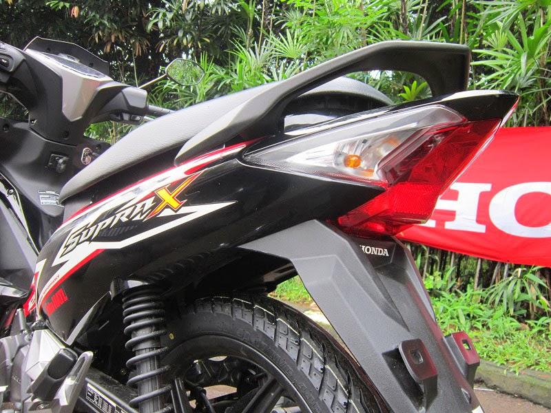 Lampu belakang New Honda Supra X125 FI 2014