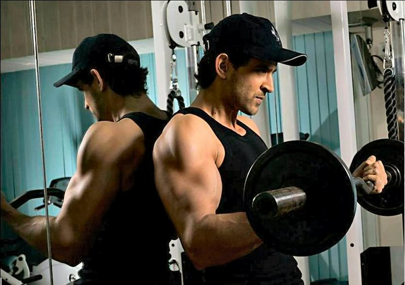 HRITHIK ROSHAN'S WORKOUTS AND DIET