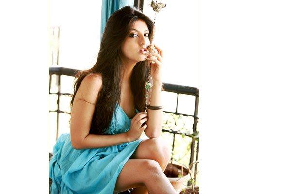 Amrita Prakash Hot Pic 2