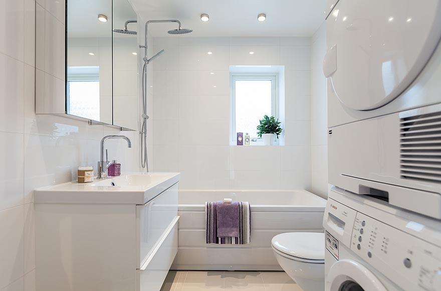 Дизайн белых маленьких ванн