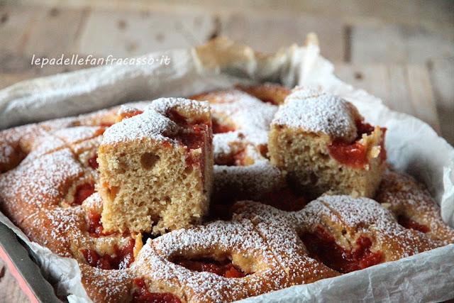 ricetta torta di farro con mele cotogne