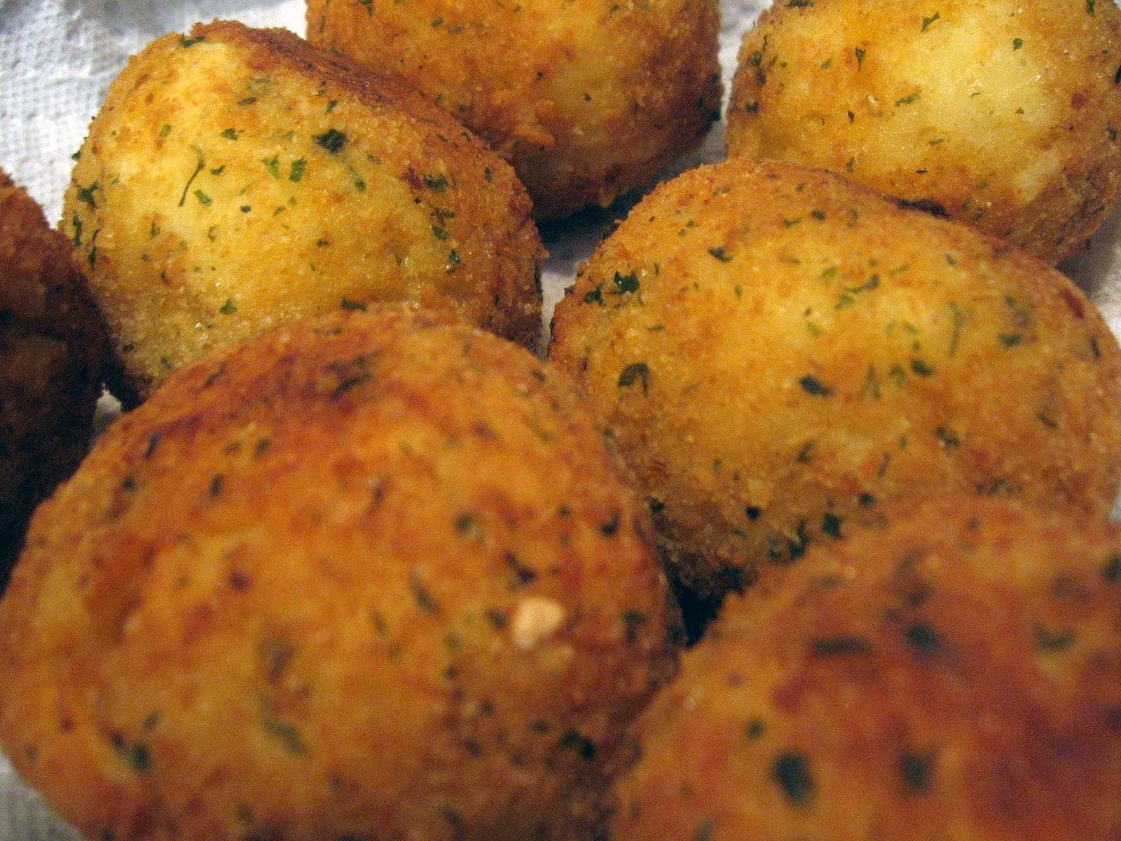 LtDan'sKitchen.com: Arancini (Stuffed Rice Balls)