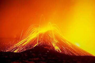 Erupsi Gunung Berapi Etna