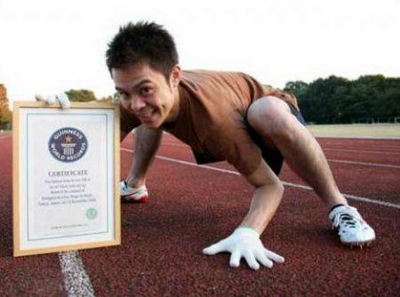 Pria Jepang Latih Bela Diri Seperti Monyet [ www.BlogApaAja.com ]
