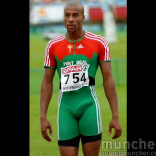 PHOTONEWS: Olympic Athlete Embarrass Audience with Manhood