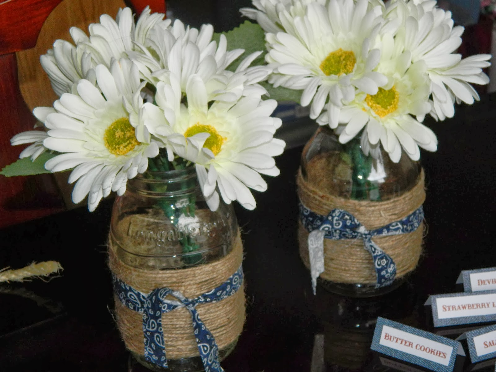I Purchased A Bush Of Fake Daisies From Hobby Lobby At 50% Off For $4.50.  There Were 12 Daisies In The Bush. I Used 2 Quart Size Mason Jars I Already  Had ...
