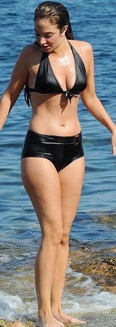 Tulisa Contostavlos in Bikini