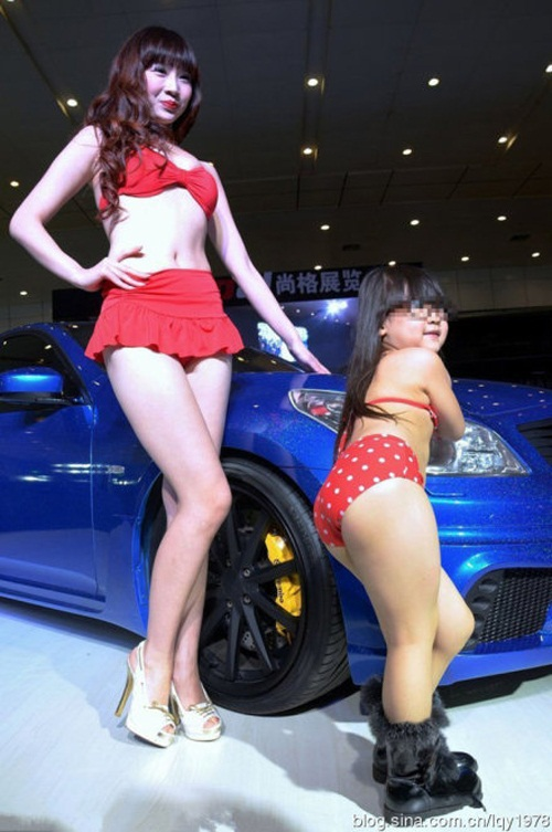 prostitutas en bikini la cosa mas cara del mundo