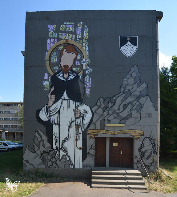 A surreal encounter between French graffiti artist 100Taur and the Dominicans: for the celebration of the 800th Anniversary of the Order of Preachers , founded in Toulouse (FR), the Dominicans asked lowbrow artist 100TAUR to create a 100 square meters mural on their convent in Toulouse.