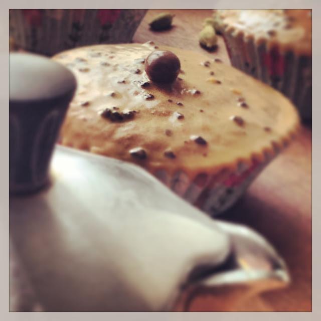 Tortine al cardamomo con glassa al caffè @monsieurtatin.blogspot.it
