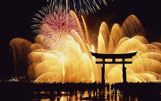 Gambar Kembang Api Tahun Baru 2016 Air Mancur Happy New Year Wallpaper HD