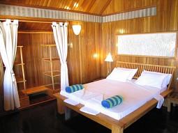 Java travelling october 2011 - Walea dive resort ...