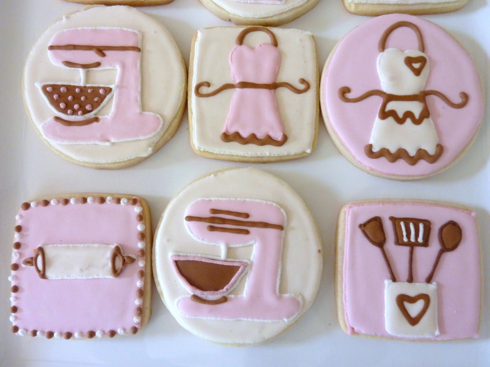 Kitchen Themed Bridal Shower The Happy Caker Kitchen Themed Bridal Shower Cookies