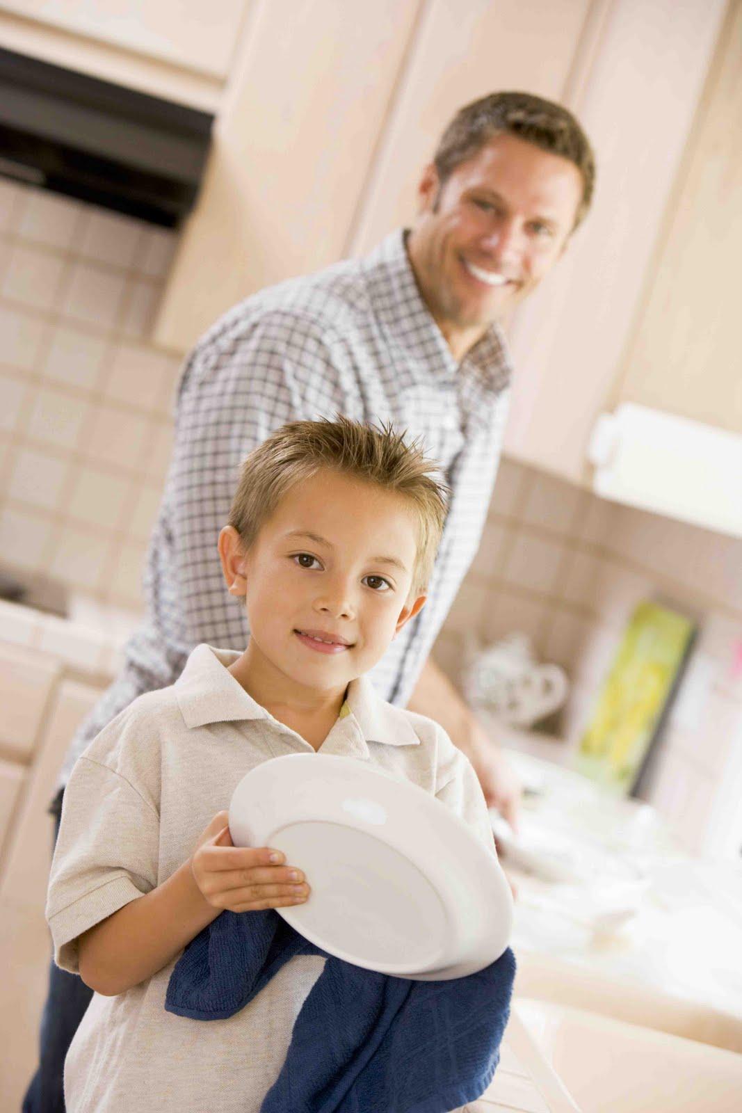 Сын моется дома 6 фотография