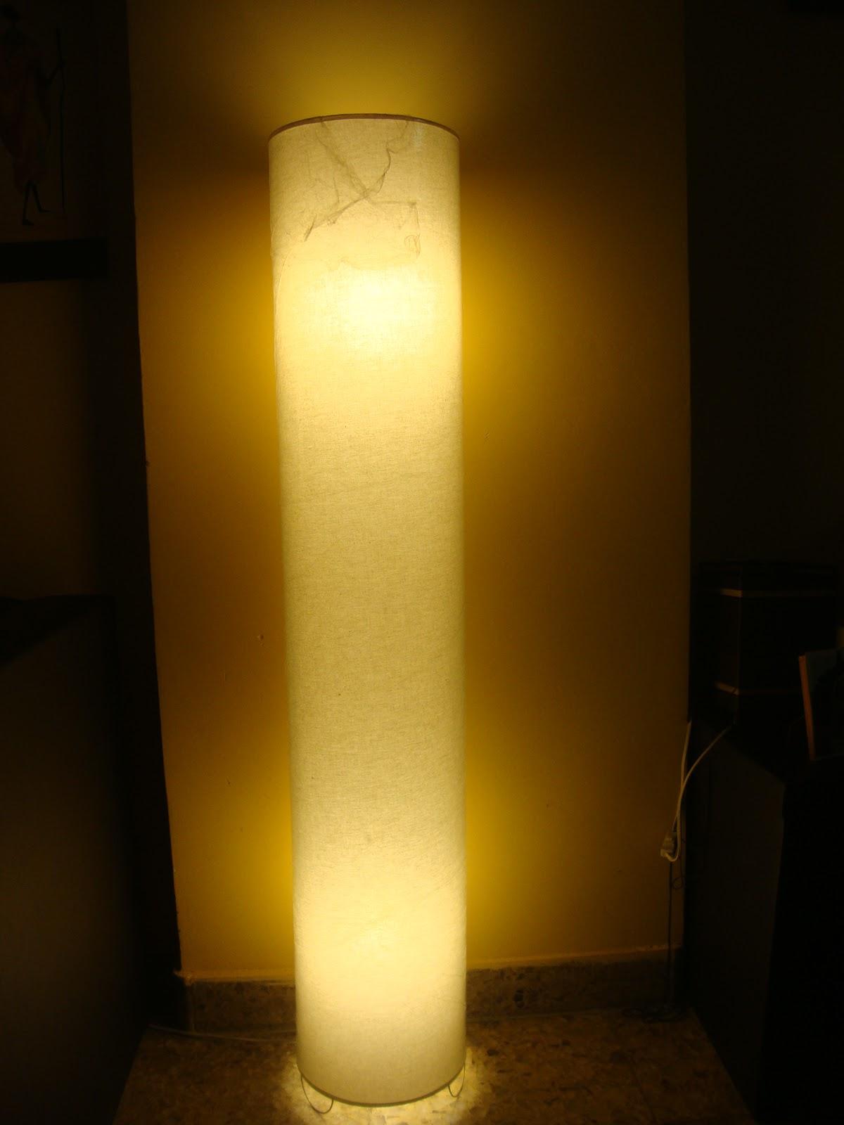 Calida iluminacion lamparas de pie tubo - Iluminacion lamparas de pie ...