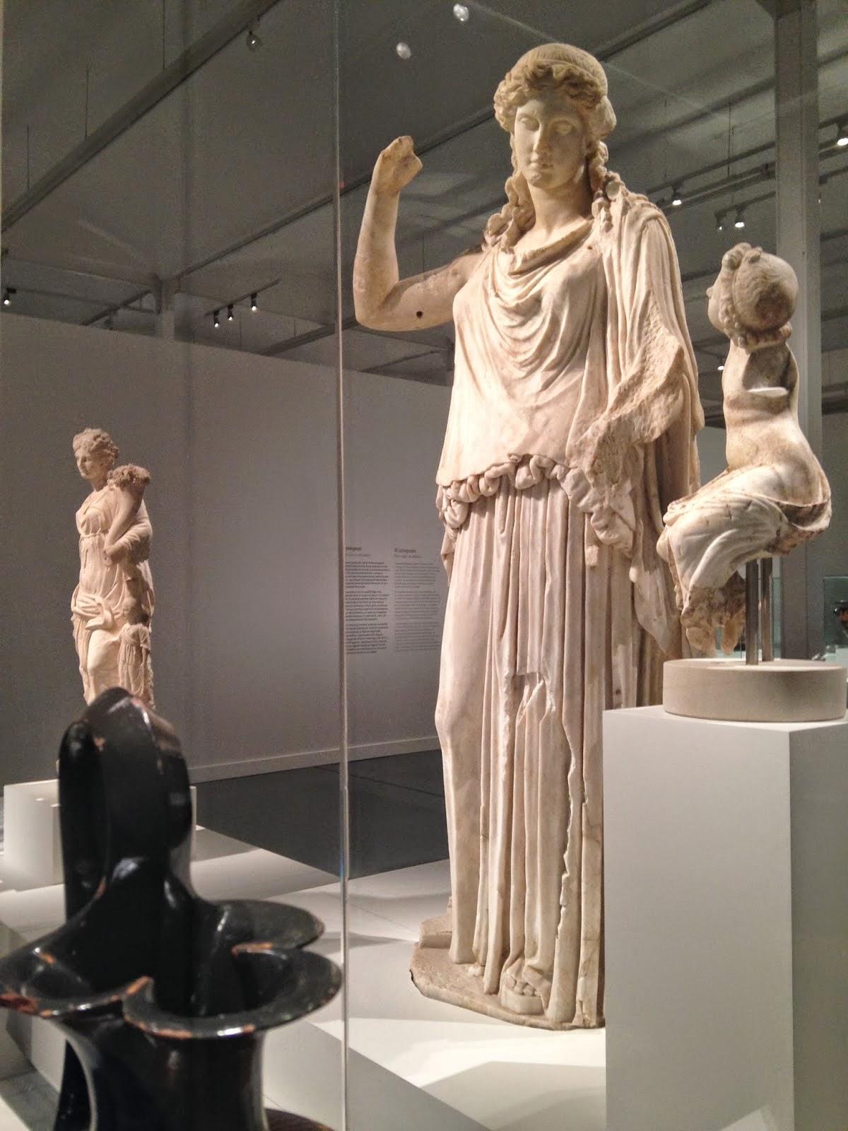 Irene. Siglo IdC. Copia de original en-bronce de 375-370 aC. Museo Territoriale della Sabina