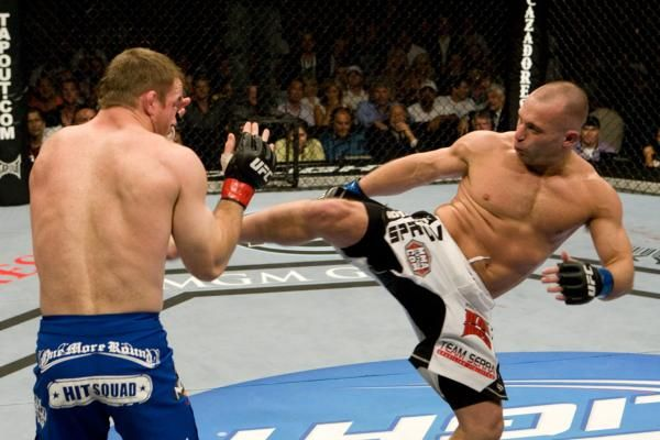 ufc mma fighters matt serra vs matt hughes picture image