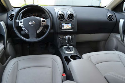 Car-Review-Nissan-Rogue-SL-2011-dashboard