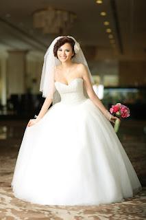 Truyện ngắn hay Chiếc váy cưới mặc 3 lần