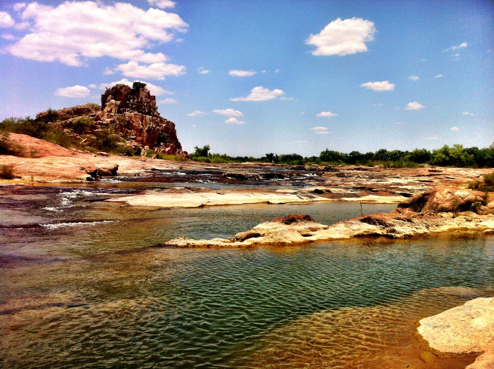 Fly fishing texas wading the llano for Fly fishing texas