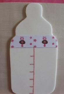 http://manualidadesreciclables.com/13111/biberon-de-foami-para-el-baby-shower